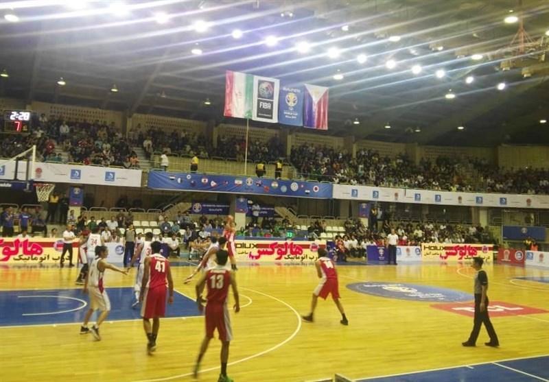 حاشیه دیدار بسکتبال ایران و فیلیپین، استقبال کم تماشاگران، بازیکنان ناآشنا در ترکیب میهمان