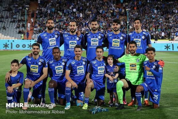 تیم فوتبال استقلال راهی امارات شد