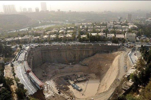 نتیجه پایش ایمنی گود برج میلاد، نیمه اول مرداد اعلام می شود