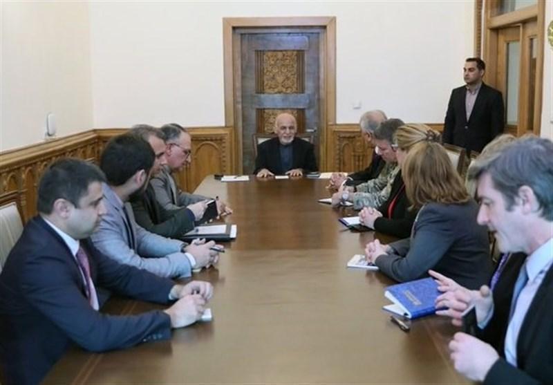نگرانی اشرف غنی از به حاشیه رفتن دولت افغانستان در مذاکرات صلح