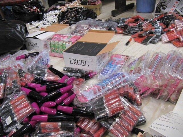 کشف 30 هزار قلم لوازم آرایشی قاچاق در رشت