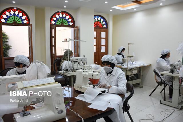 زنان سرپرست خانوار استان بوشهر در کنار کادر درمانی قرار گرفتند