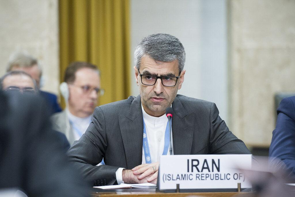 خبرنگاران ایران درباره مماشات با سیاست های مجرمانه آمریکا هشدار داد