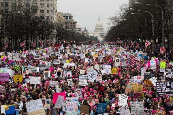 دومین راهپیمایی اعتراضی جنبش زنان آمریکا علیه سیاست های ترامپ