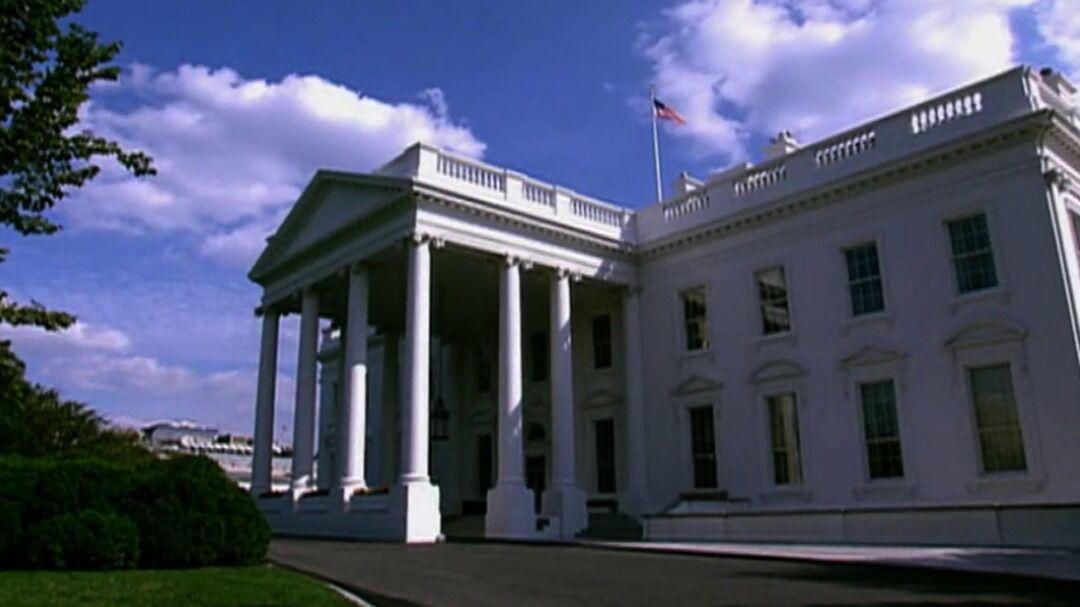استعفای دو مقام دولت ترامپ از سمت خود در یک روز
