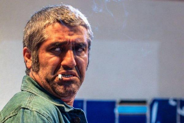 (عکس) پژمان جمشیدی سیگاری شد!