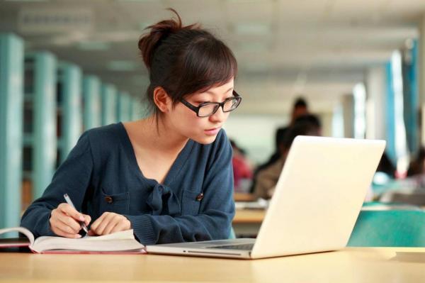 مقاله: زبان برای تحصیل در کانادا و مهاجرت