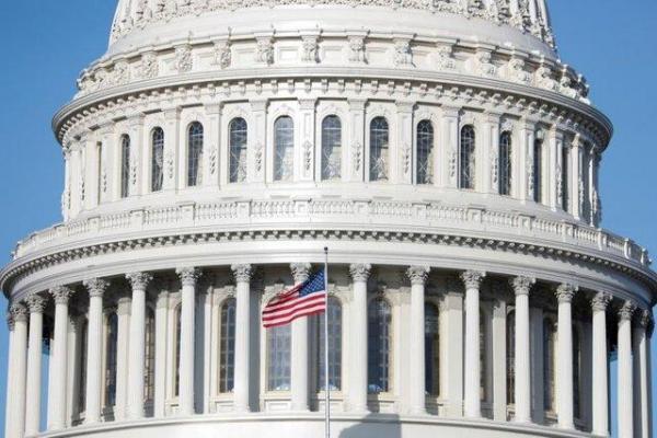 کنگره آمریکا وتوی ترامپ درباره بودجه دفاعی را باطل کرد