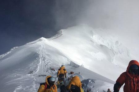 فتوشاپ کار دست کوهنورد هندی داد!