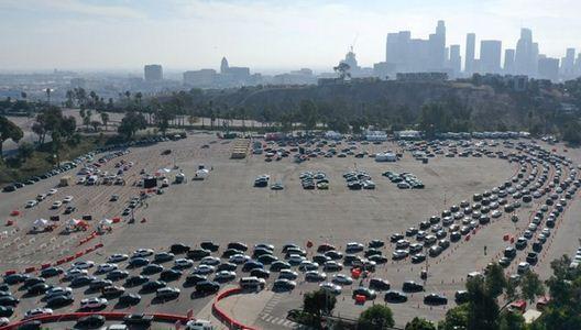 بزرگترین مرکز واکسیناسیون آمریکا در لس آنجلس تعطیل شد