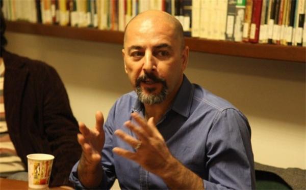 محمد گذرآبادی: کار فیلم نامه نویس کشف است نه اثبات