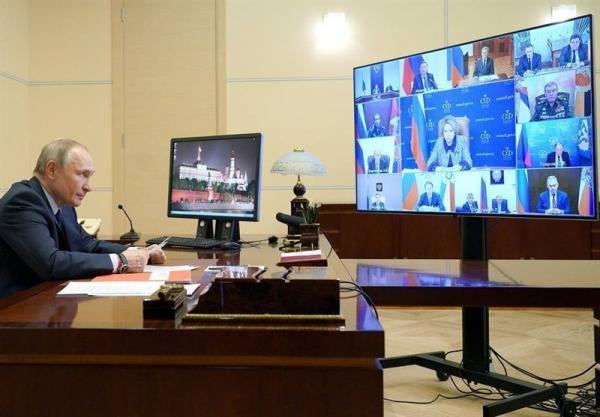 پوتین: فضای مجازی به عرصه ای برای رویارویی تبدیل شده است