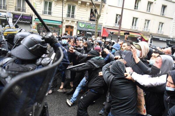 پلیس فرانسه دهها تن از معترضان را بازداشت کرد