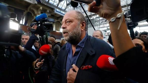 احضار وزیر دادگستری فرانسه برای بازپرسی
