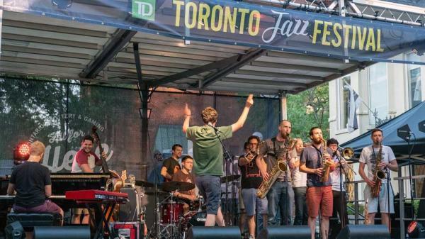 تور کانادا: برگزاری جشنواره جاز در ماه ژوئن در تورنتو