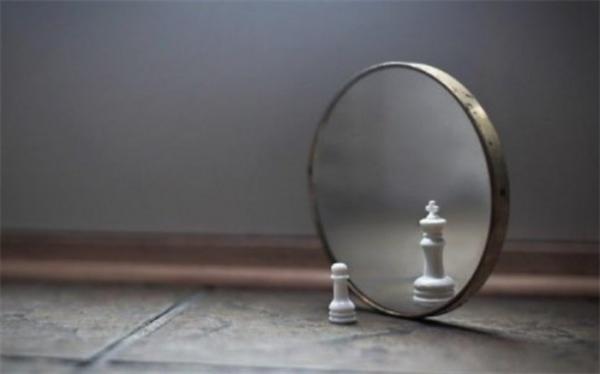 درباره خویشتن بینی چه می دانید؟