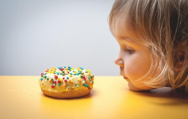 چگونه چاقی و اضافه وزن را در بچه ها کنترل کنیم؟